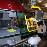 ergonomic windshield vacuum lift